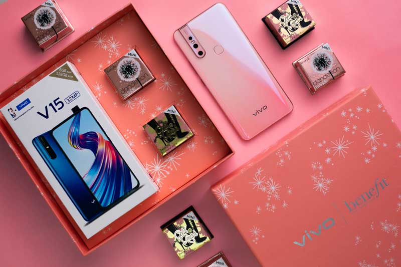 Limited edition Vivo V15 Blossom Pink comes with Benefit premium make-up