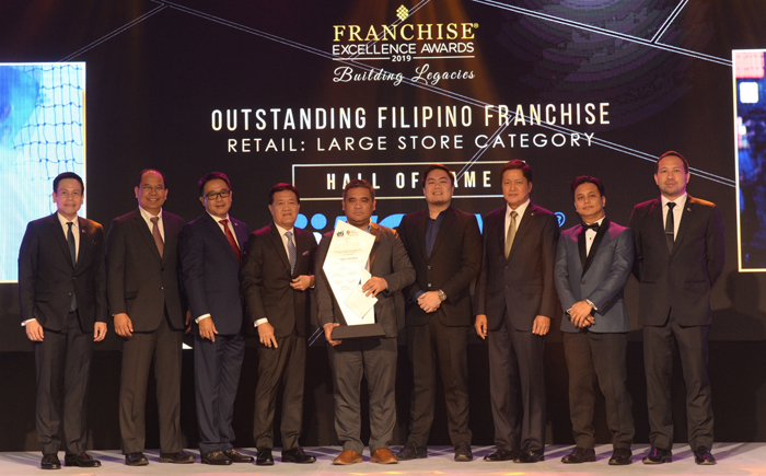 Toby's Sports enters Hall of Fame at Franchise Excellence