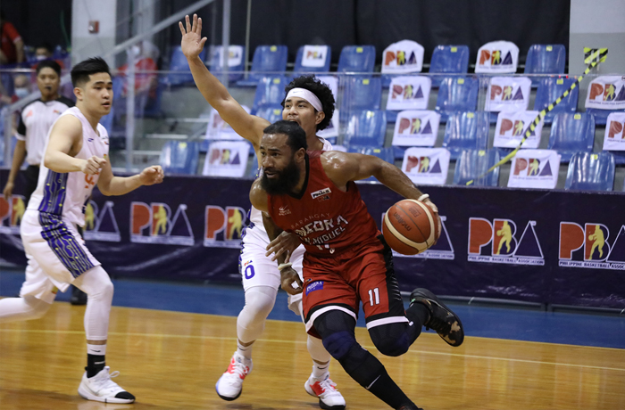 Gin Kings storm to 2-0 lead