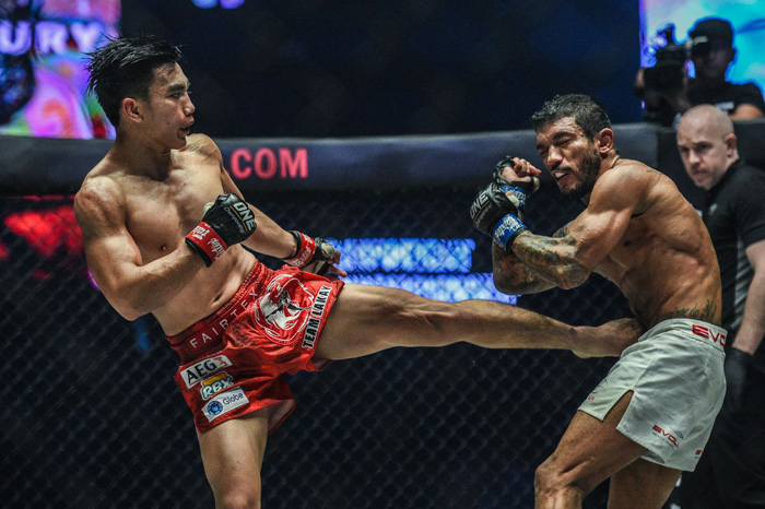Pacio keeps ONE Strawweight title with close split-decision win