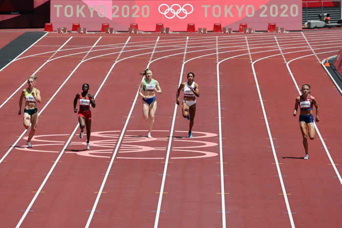 Fil-Am Knott succumbs to heat, bows out of 200m