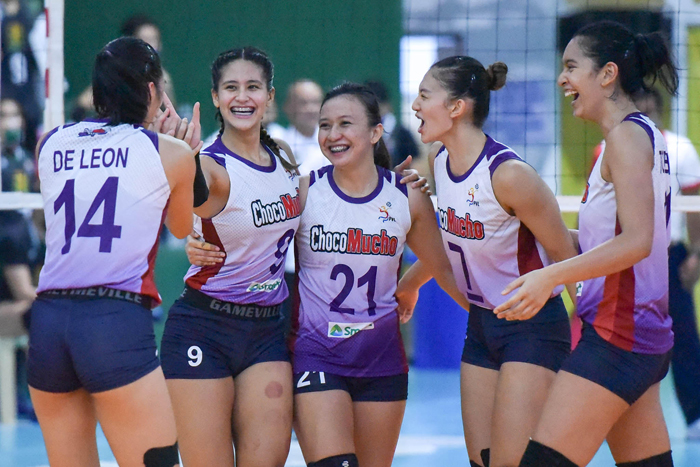 Flying Titans seal semis playoff, crush Troopers