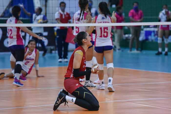 Santiago's giant leap to volleyball stardom