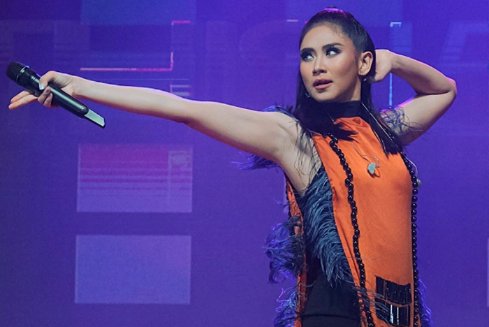 Sarah G gives fans exclusive look at 'Tala'  concert