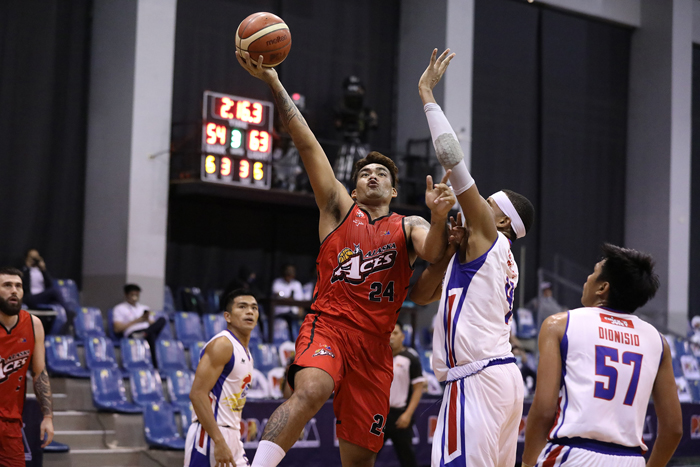 Alaska gets 2 offers for Manuel, but in no rush to make a move