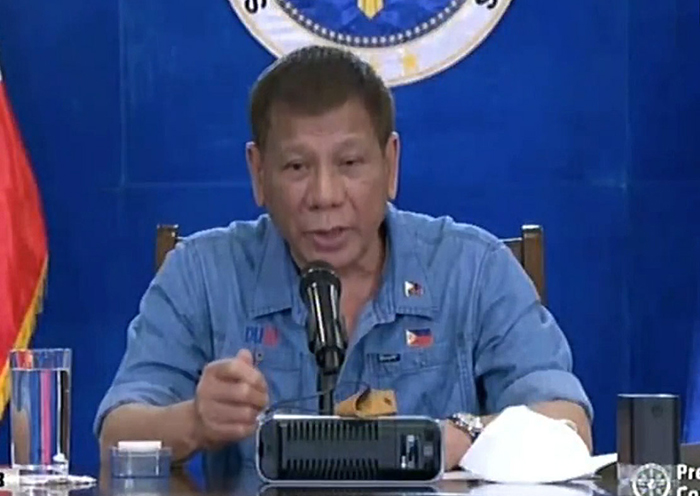 Rody: Defer PhilHealth's fee increase
