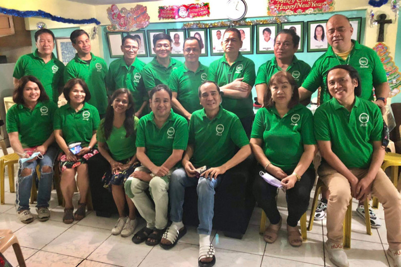 PMPC's new batch of officers led by its president Roldan Castro of Abante Tonite.