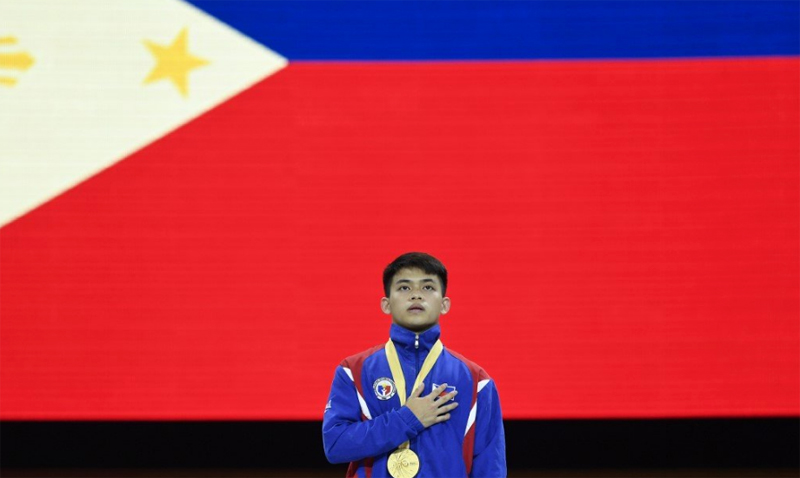 'If Carlos Yulo performs the way he's training right now, he can win that gold.'