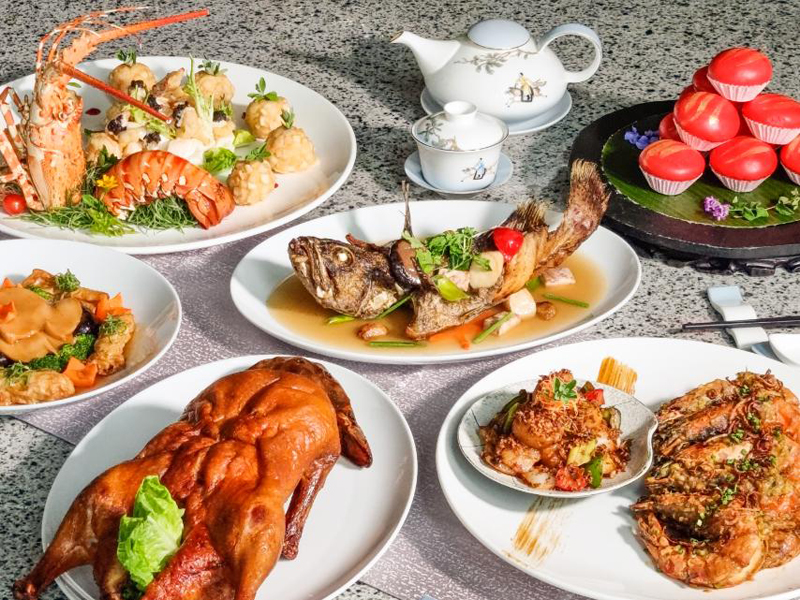 The Feast Fit For A King at Conrad Manila's China Blue by Jereme Leung.