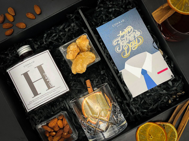Father's Day Whisky Hamper available at C Lounge.
