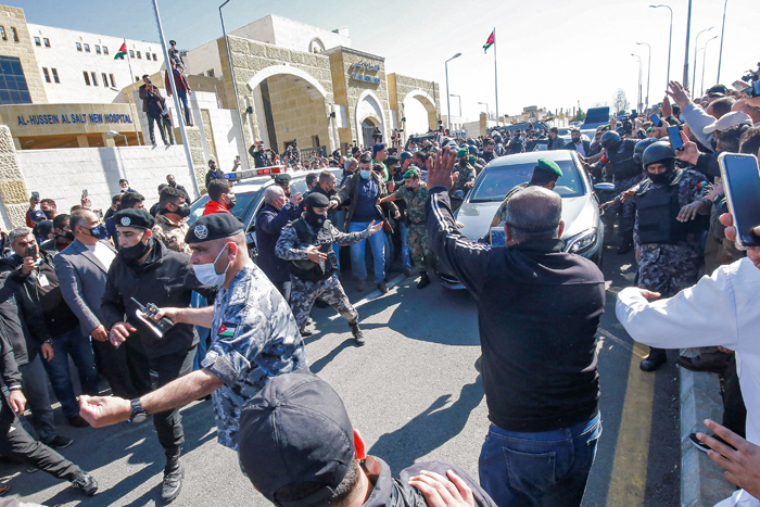 Outrage in Jordan as oxygen shortage leads to COVID hospital deaths