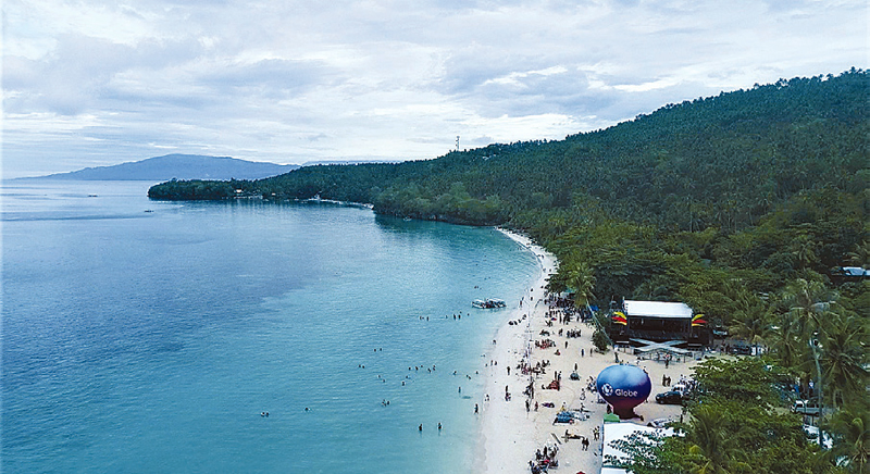 Sarangani Bay is a Key Marine Biodiversity Area, with its 2,293-hectare coral resources, 60 live hard coral genera, 411 reef species, and 11 seagrass species.