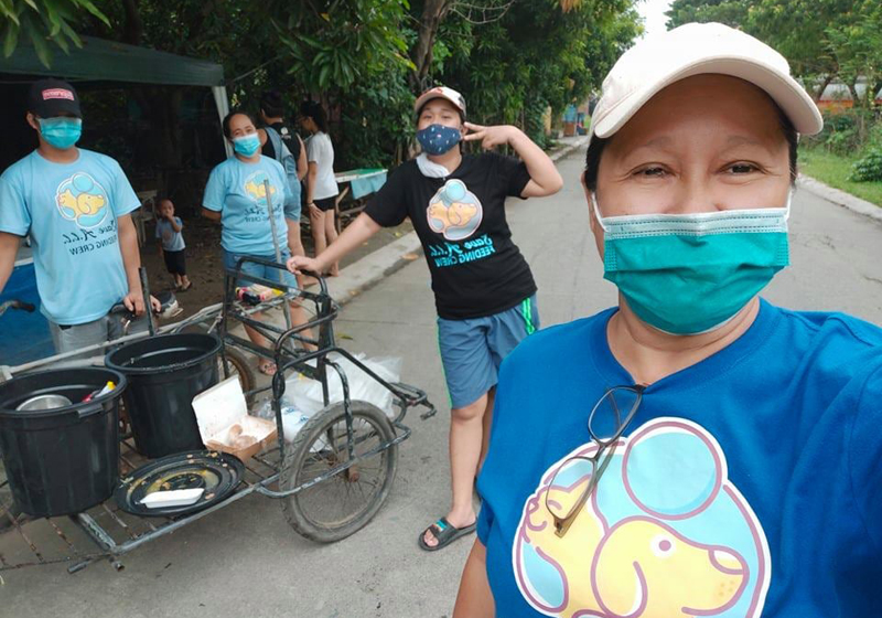 The Save ALL Feeding Crew goes around Meycauayan, Bulacan and feeds stray dogs and cats, rain or shine.