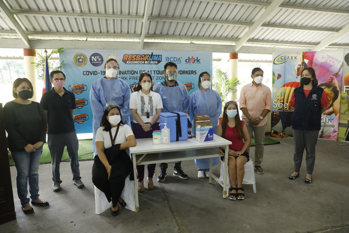 518 tourism workers vaccinated in Clark