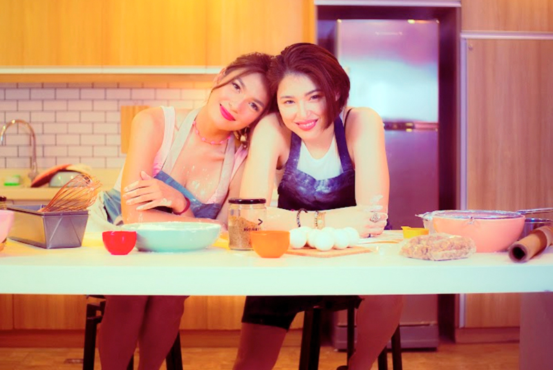 Kylie Padilla (right) and Andrea Torres play lovers in WeTV original series 'BetCin.'