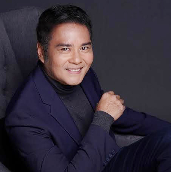 Ending in a five-minute standing ovation during its world premiere at the Venice Film Festival, 'On The Job: The Missing 8' by Erik Matti, the sole Southeast Asian film in the main competition, bagged the Volpi Cup for Best Actor for John Arcilla's performance in the film.