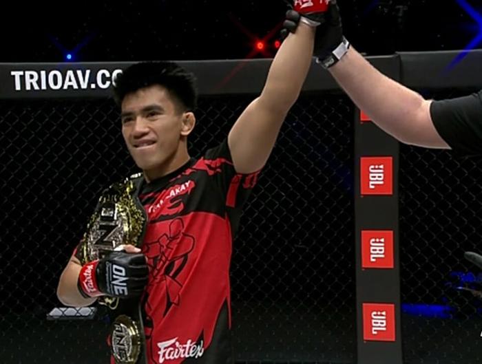 Pacio KOs Saruta to retain strawweight title; Adiwang prevails